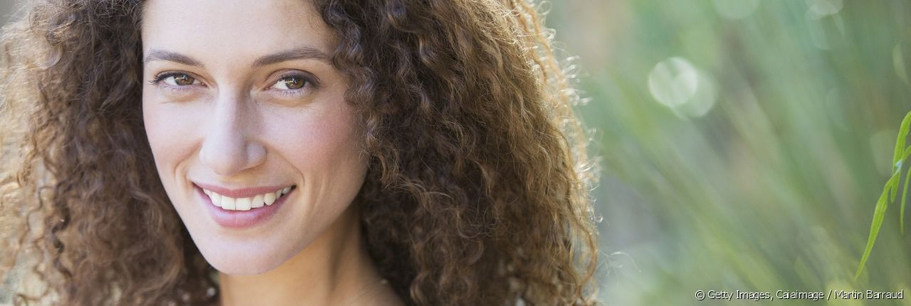 Learn the right routine for keeping your curly hair looking tidy.