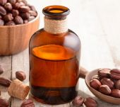 Views on jojoba oil from aromatologist Catherine Gilette