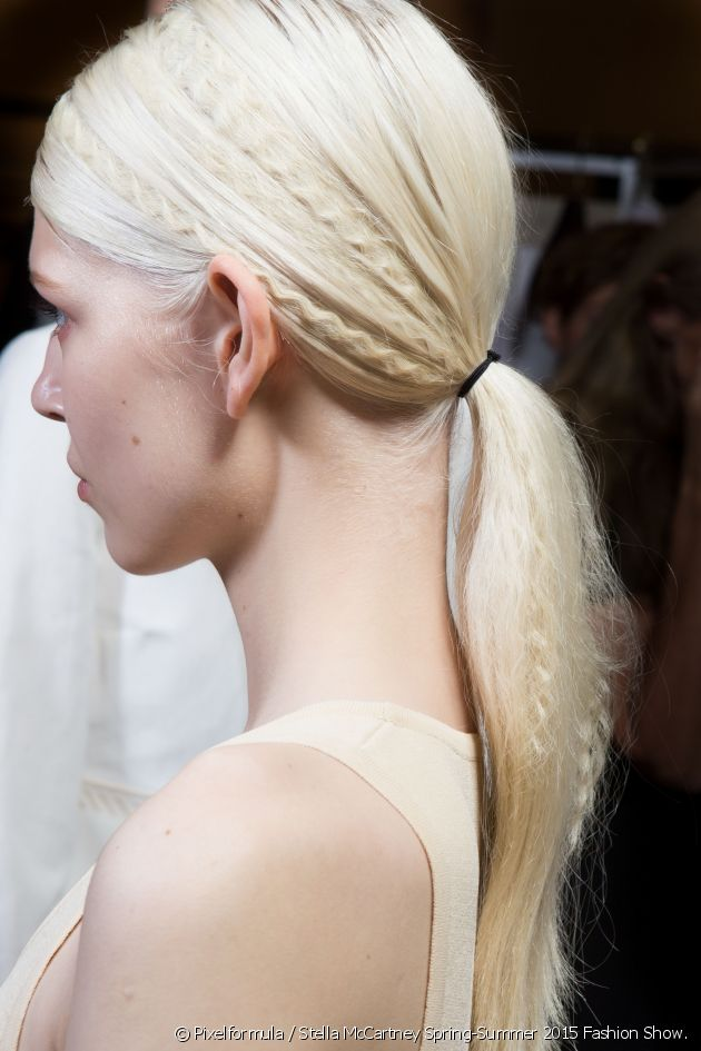 Instructions on how to do a crimped ponytail which was highly on trend in the 90's!