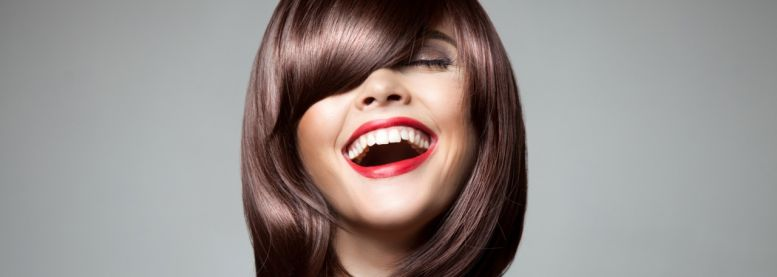 Smooth sleek hair: how can you give your locks that high-gloss look?