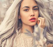 Grey hair: what make-up should you go for?