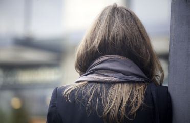 Protecting your hair's tips in winter
