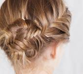 How can I create a fishtail braid chignon?