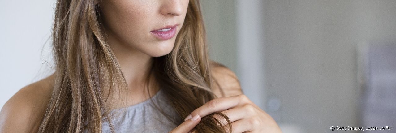 Discover our expert's advice on how to go from blond to light brown.