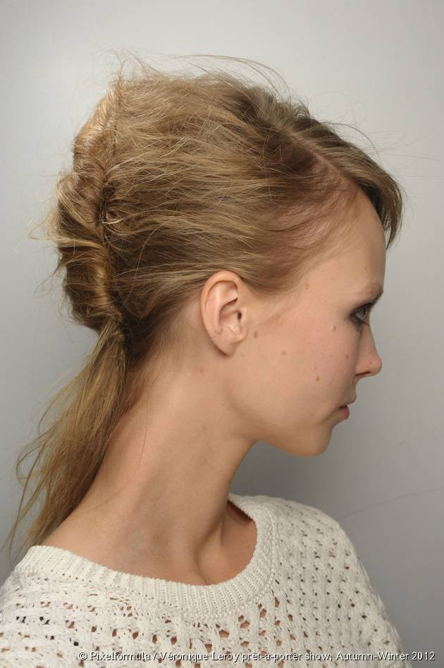 The loose French twist