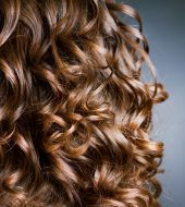 Curly hair: choosing the right cut