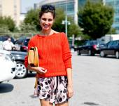 Streetstyle: Styling your hair with sunglasses!