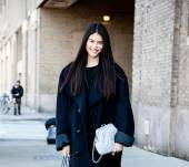 Streetstyle: enhance your hair color with highlights