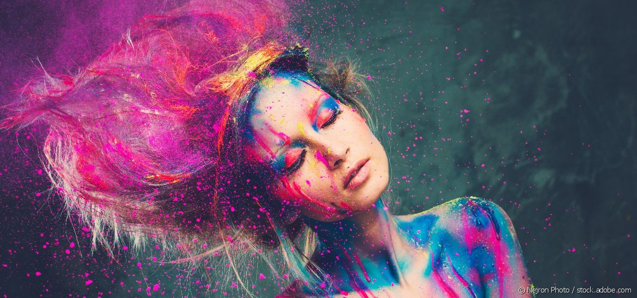 Hair colouring, glitter, hair tattoos... Let yourself go for the carnival!