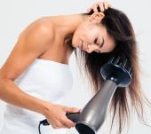 How to use the diffuser attachment on your hairdryer properly