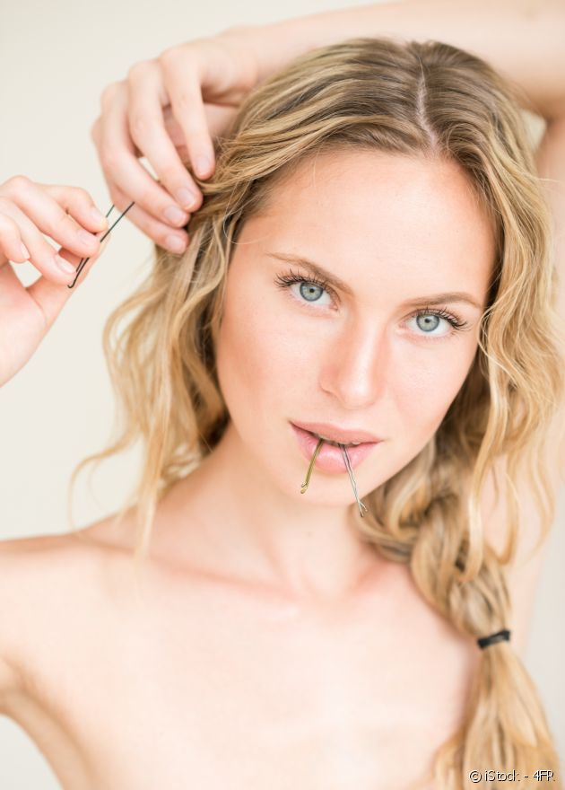 Fall in love with the bobby pin trend, allowing you to showcase your hairpins