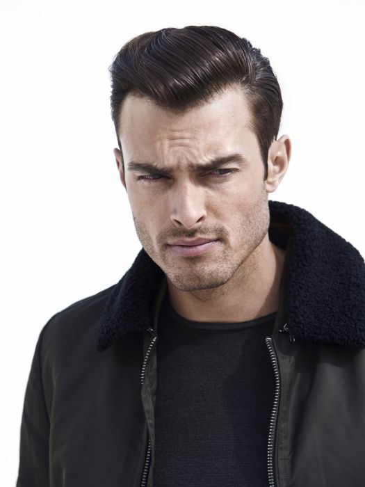 As Jean Louis David's men turn their backs on conventions and norms, they are sure to love this character-soaked hairstyle. This look dares to fully embrace a vintage style with the hair slicked back using Design Gel. Straight out of the 1950s, this look will leave no one feeling indifferent.