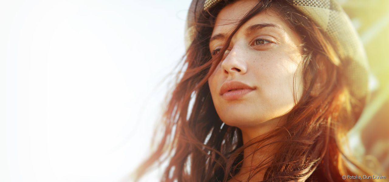 Go for the sun-kissed effect with the Sunlight treatment.