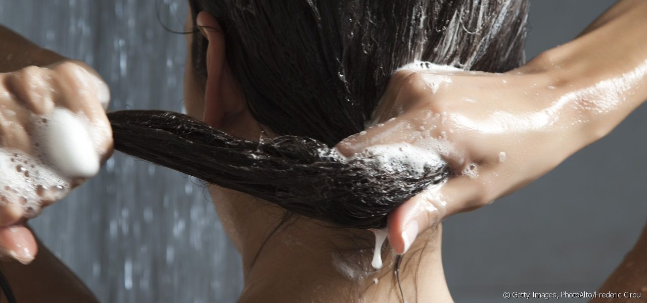 After washing your hair, don't forget to apply conditioner.