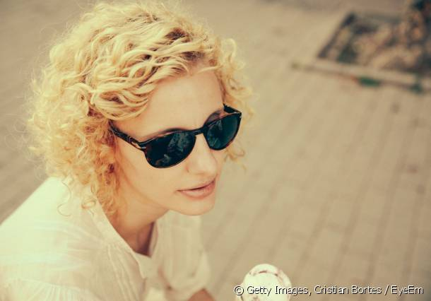 For a pretty curly bob, consider using a targeted styling product to work with your curls.