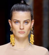 How to create the high ponytail from the Balmain fashion show?