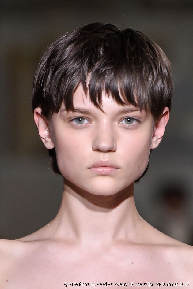 The Pixie crop, a cult style.