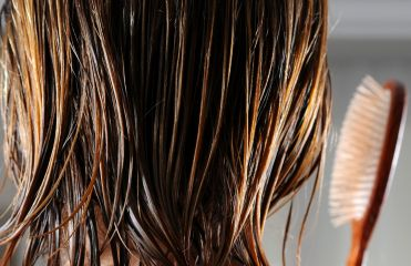 Why shouldn't you brush wet hair?
