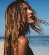 Our tips for protecting your hair in summer