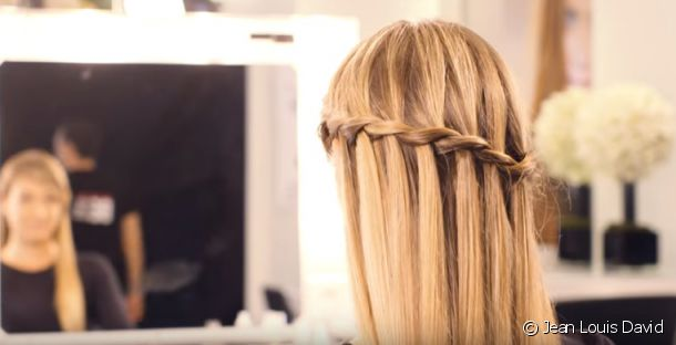 The waterfall braid for an original look with great finesse