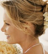 Wedding hairstyles: 3 chignon ideas for long hair