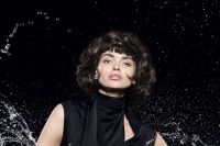 Maximum volume and large loose curls for this short bob.