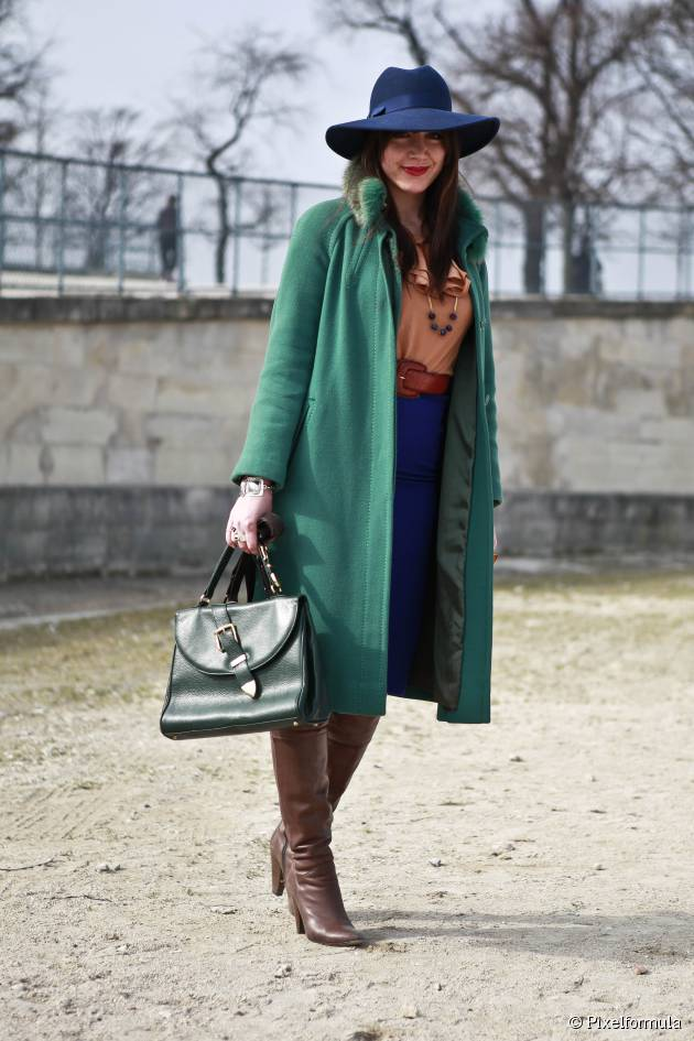 """Streetstyle: The wide-brimmed hat, the latest """"IT"""" accessory"""