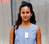 Streetstyle: The bow hair accessory for a neo-preppy style