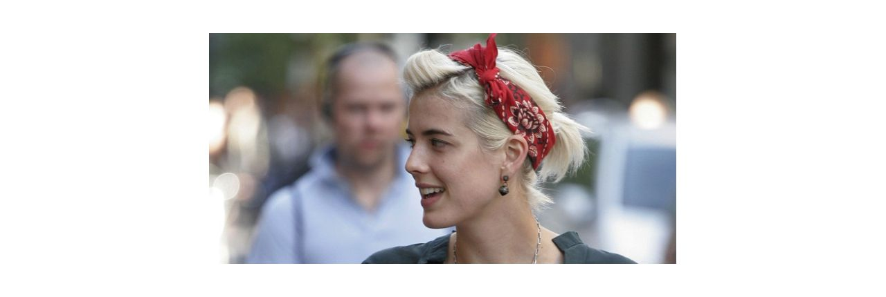 Hair accessories: the bandana is back
