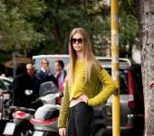Streetstyle: How to keep long hair looking ultra-sleek