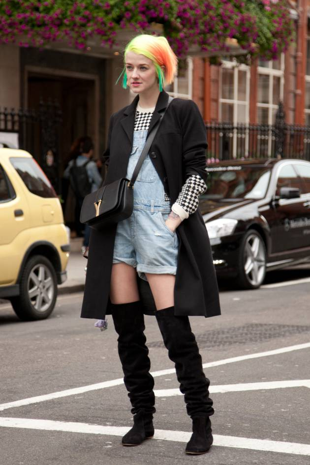 Streetstyle: looking after multi-coloured hair