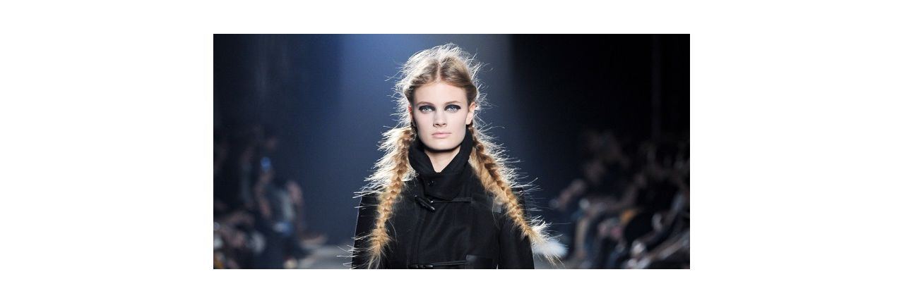 How to wear the double braid