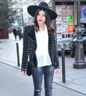 Streetstyle: wearing a fedora with loose lengths