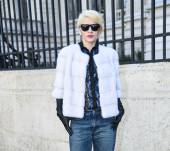 Streetstyle: Short lengths with a long-sweeping fringe