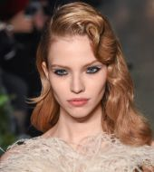 Fashion Week Find: Elie Saab sends vintage curls down the catwalk