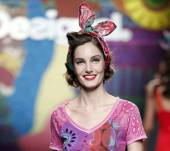 Summer must-have: the colorful headscarf