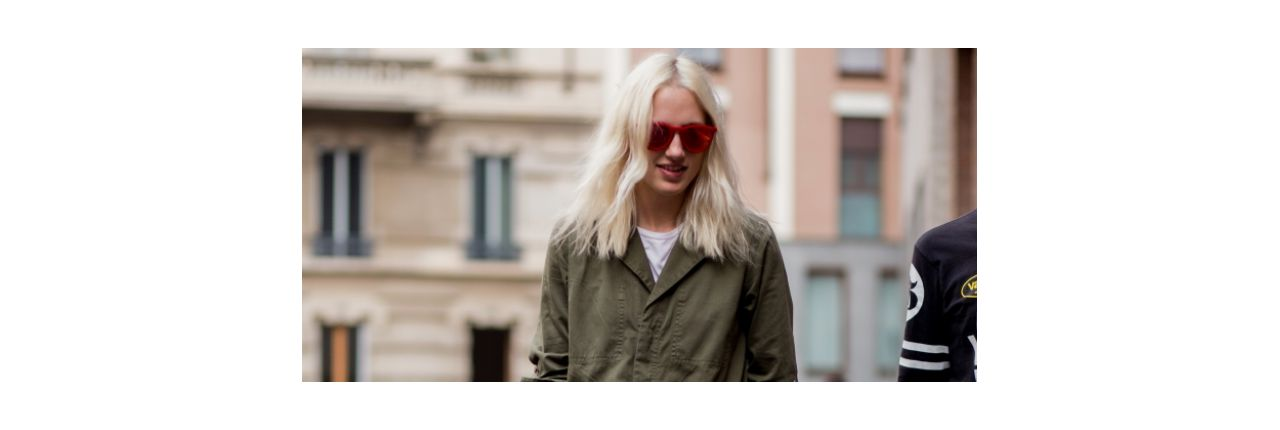 Streetstyle: ice blond hair with wavy lengths