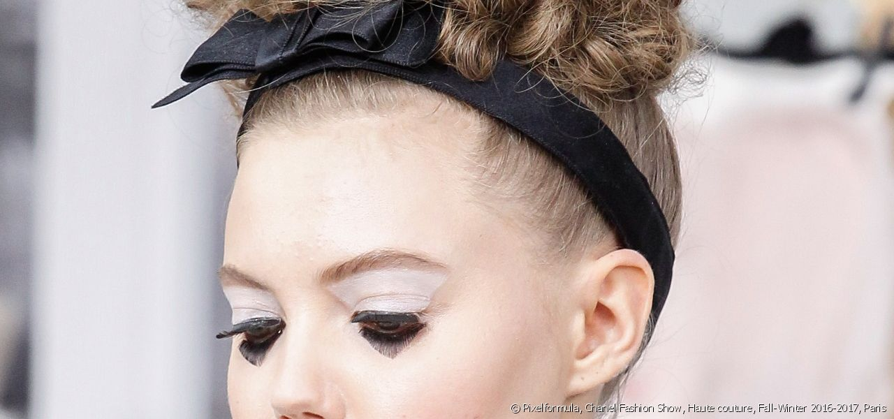The headband, a must-have styling accessory