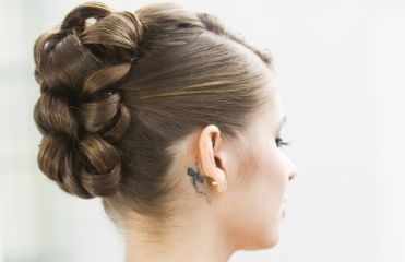 Hairstyles: 3 chignons for special occasions