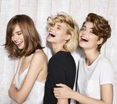 The Spring-Summer 2017 Collection: the new Jean Louis David haircuts