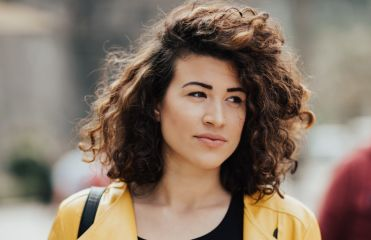 Women: which short haircuts work with curly hair?