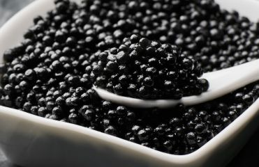 Discover the incredible effects of caviar on your hair