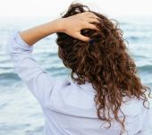 Massaging your scalp: what are the benefits?