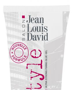 <p>As its name implies, the Extreme Glue Urban Style Jean Louis David is the gel for every situation! Mohawk, a rock 'n roll 'do, a gelled down look – it shapes and sculpts all your craziest styles without leaving any residue. Super long-lasting hold guaranteed!</p>